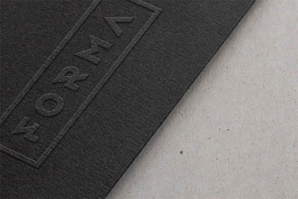 logo-mockups-screen-shorts04